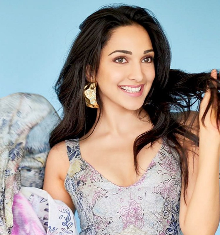 Kiara Advani Wallpaper