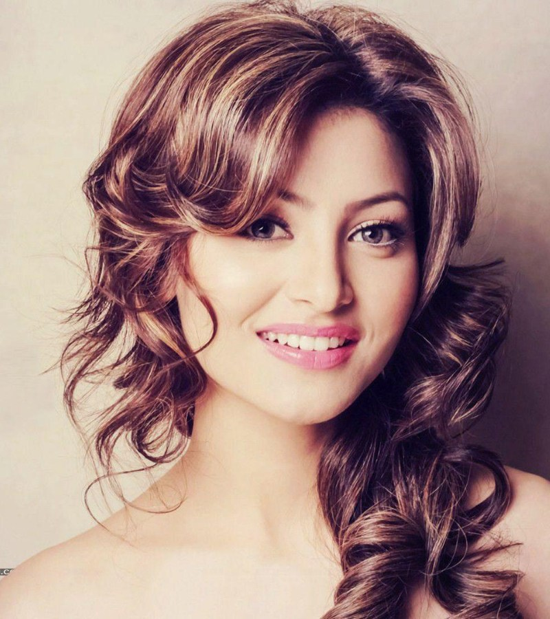 Urvashi Rautela Wallpaper