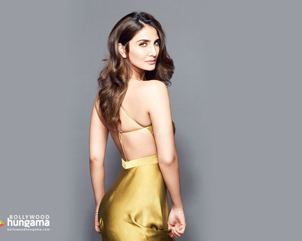 Vaani Kapoor Wallpapers